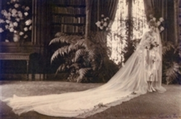Kahn's daughter, Maud, marries